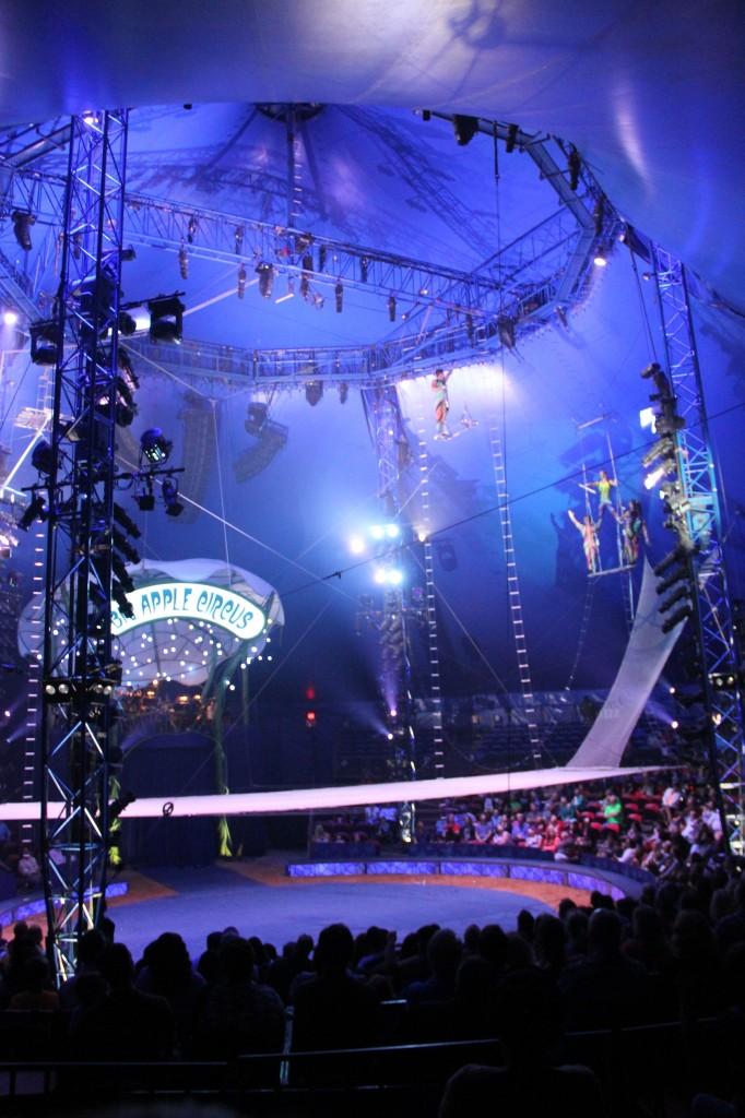 BigAppleCircus-trapeze