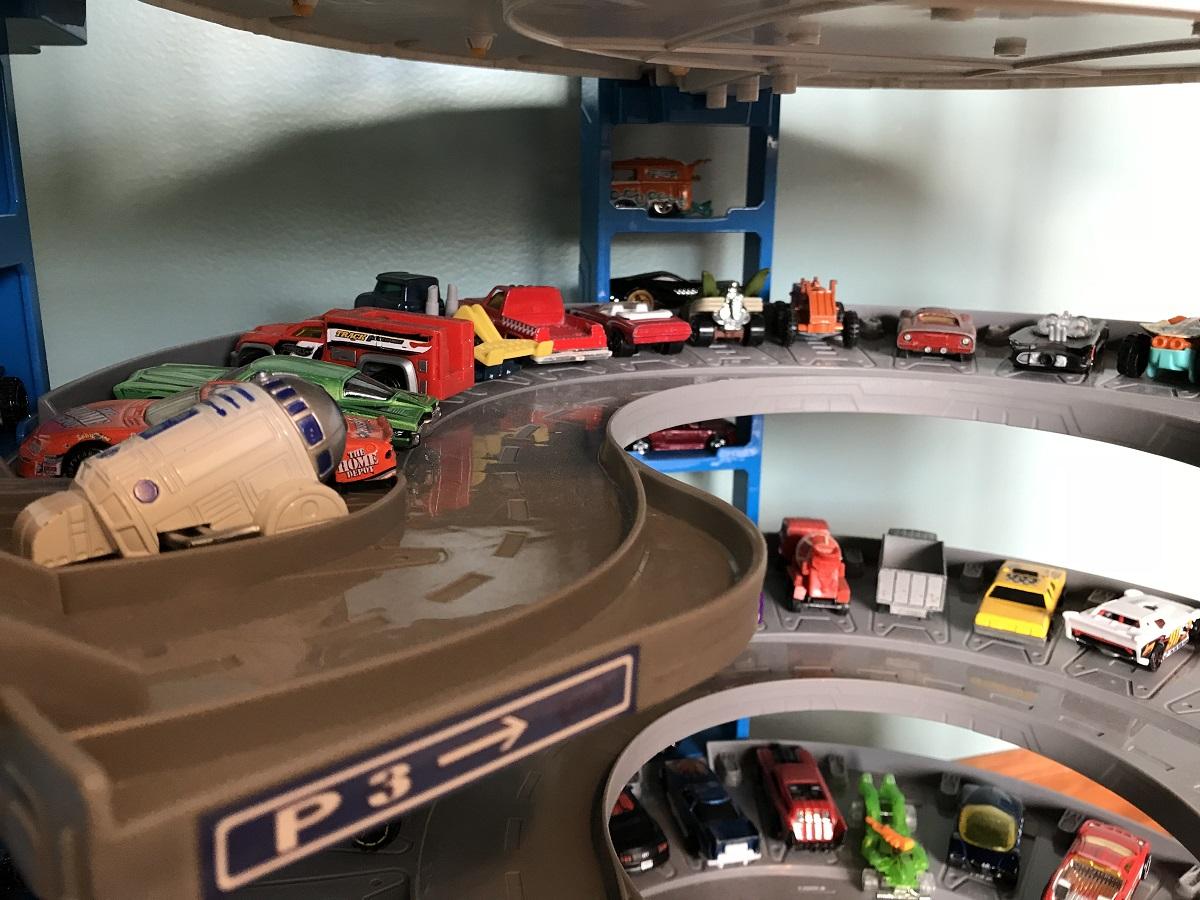 Hot Weels Garage : Hot wheels super ultimate garage the roarbots